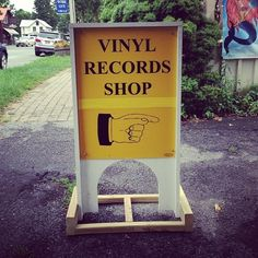 Randomly stumbling upon a sign like this and suddenly changing your plans for the next hour or two. | 36 Things Vinyl CollectorsLove
