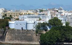 By JERRYE & ROY KLOTZ MD CC3 La Fortaleza - is the official residence of the Governor in #Puerto Rico. Also called the Palacio de Santa Catalina was built from 1533 to 1540, in San Juan. This is the oldest residence in the New World and UNESCO World Heritage.