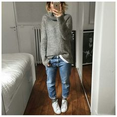to style Stan Smith sneakers Pair your Stan Smith sneakers with boyfriend jeans.Pair your Stan Smith sneakers with boyfriend jeans. Sneakers Fashion Outfits, Mode Outfits, Fall Outfits, Casual Outfits, Fashion Moda, Look Fashion, Womens Fashion, New Casual Fashion, Fashion Black