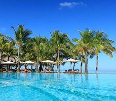 Wahrlich ein paradiesisches Resort an der Südwestküste von Mauritius #taipan_mauritius #mauritius #beachcomber Mauritius, Hotels, Strand, Dolores Park, Travel, Tropical Paradise, Ocean, Island, Viajes