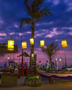 Buffet by the Beach #buffet #discover #explore #food #glamour #holiday #journey #night #photo #photography #photooftheday #drobosummer #myrrs #travelgram #travelphotography #travel #vacation #indonesia #place #lombok #gilitrawangan #urban #urbanexplorer