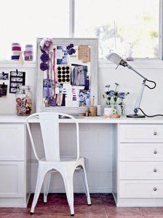 Marais A Chair | work space