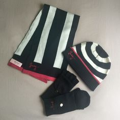 Juicy Couture Winter Essentials❗️SD New WithOut Tag. Scarf, beanie & gloves. Never used. Juicy Couture Accessories