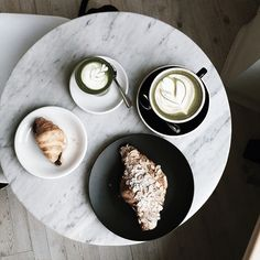 AshBishop - matcha lattes at Chalait