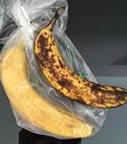 Keep your Produce longer, Fresher with PeakFresh . They literally more than double the storage life of your fruits and vegetables—imagine how much money this could save you over the course of a year. Look at these two bananas after 7 days—one was stored in a PeakFresh bag and one clearly wasn't.