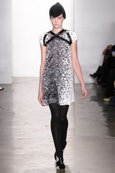 Ohne Titel | Fall 2012 Ready-to-Wear Collection | Vogue Runway