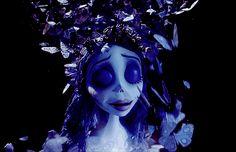 Usa desde su celular el gif animado de Mariposas de la novia cadáver de El Cadáver de la Novia