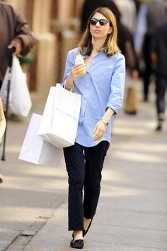 Sofia Coppola - Sofia Coppola Shops with Her Daughter in NYC