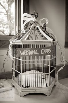 Simply Semplicitá: Our Wedding // birdcage for cards!