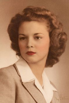 Supermodel, Jean Patchett, poses for her graduation photo, 1942.  Could have been my mom, as she was class of 42, too.  Except her baby fine hair would not keep a curl for long.