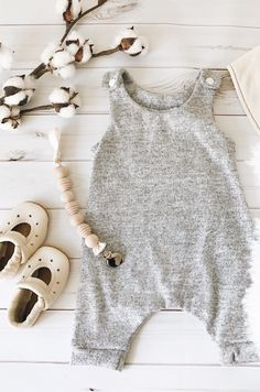 116cbb990379 14 Best baby girl clothes images