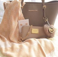 Michael kors bags $39.9 for your best gift for self! Website For Discount michael kors bags. lowest price!not long time for cheapest!