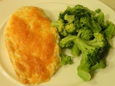 Ginny's Low Carb Kitchen: Chicken Parmesan Bake and Broccoli with Lemon Garl...