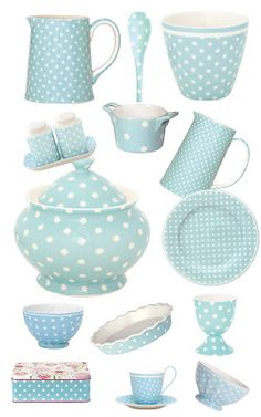 Some like it DOT: GreenGate in blue Kitchen iDeas Kitchen iDeen 🍳 Deco Pastel, Pastel Kitchen, Keramik Vase, Shabby Chic Kitchen, Duck Egg Blue, Tiffany Blue, Tea Party, Decoupage, Polka Dots