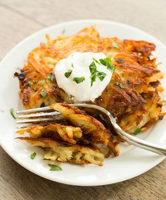 Crispy Potato Latkes (via Bloglovin.com )