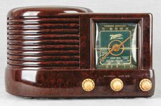 1941 Zenith Am Vacuum Tube Radio Model 6D512  Art Deco    