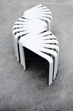 Bette Eklund Fan Stool - The inspiration behind the Fan stool's unique shape comes from the empty corner spaces in a room. It can be combined in several different ways thanks to its shape. City Furniture, Furniture Design, Outdoor Furniture, Scandinavia Design, Corner Space, Light And Shadow, Office Decor, A Table, Architecture Design