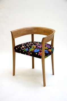 Alice Chair with material by Josef Frank Funky Furniture, Contemporary Furniture, Vintage Chest Of Drawers, Josef Frank, Eclectic Decor, Textile Prints, Upholstered Chairs, Benches, Stools