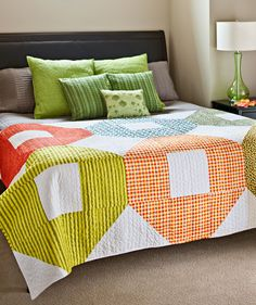 Super Size Shoo Fly!   Making this quilt that's quick and easy to put together.