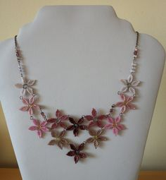 Pink and purple beaded flower necklace: DAISY CHAIN