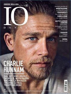 Charlie Hunnam covers IO Donna magazine.