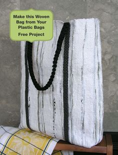 Great use of excess plastic bags! Free instructions to create this Woven Tote Using Recycled Plastic Bags