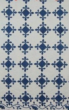 Saturday at the Quilt Museum - I'm in the mood for blue! - Part 2 Old Quilts, Antique Quilts, Vintage Quilts, Amish Quilts, Two Color Quilts, Quilt Border, White Quilts, Indigo, Fabric Art