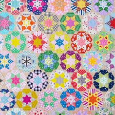 Ice Cream Soda Quilt - English Paper Pieced © Red Pepper Quilts 2021 Cream Soda, Ice Cream, Pattern Blocks, Quilt Patterns, Windham Fabrics, Quilts For Sale, Hexagon Quilt, English Paper Piecing, Quilt Top