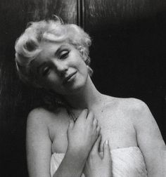 Marilyn. Photo by Cecil Beaton, February 1956