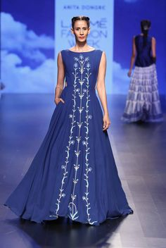 top 15 picks from lakme fashion week summer resort 2018 Indian Wedding Gowns, Indian Bridal Fashion, Indian Dresses, Indian Outfits, India Fashion Week, Lakme Fashion Week, Japan Fashion, Fashion Weeks, Modest Dresses
