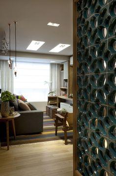 Cores vibrantes garantem um décor alegre - Casa Vogue   Apartamentos