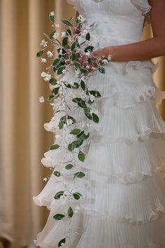 Beautiful wire wedding bouquet