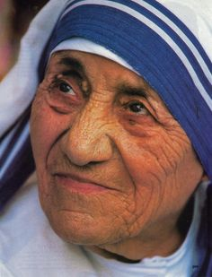 Mother Teresa.... At the time of her death in 1997, Mother Teresa's Missionaries of Charity organization was running 610 missions in 123 countries. Date: 1986. Photographer: Túrelio.