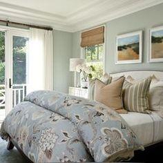 Cozy & Inviting bedroom...