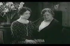 Rare footage of technique used by Anne Sullivan to teach Helen Keller to speak.