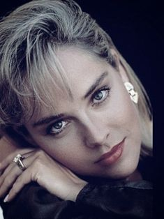 Sharon Sharon Stone Young, Anna Hendricks, Most Beautiful Faces, Beautiful Eyes, Sharon Tate, Charlize Theron, Hollywood Actresses, Revelation 16, Classic Beauty