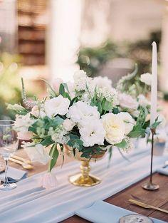 La Jolla wedding at the Darlington House. Flowers: Plenty of Petals. Carmen Santorelli Photography