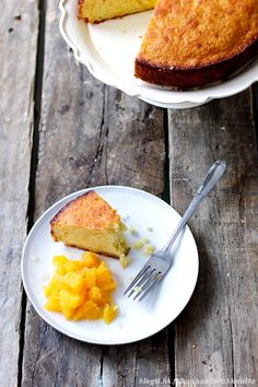 Olive oil & orange cake - Kauhaa ja rakkautta Olive Oil Cake, Just Cakes, Orange Oil, Sugar And Spice, Cornbread, Delish, Sweet Tooth, Brunch, Spices