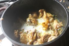 Delicious and creamy methi malai chicken which taste great with rice or roti. This gravy goes perfect with pulao as well. Indian Chicken Recipes, Easy Chicken Recipes, Indian Food Recipes, Cantonese Chicken Recipe, Methi Chicken, Gluten Free Chicken, Recipe For 4, Curry Recipes, Classroom Decor