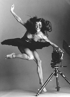 Sylvie Guillem - Have you noticed how rare it is to find a photo of a smiling ballerina?