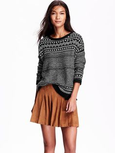 Textured-Graphic Crew-Neck Sweater  Product Image