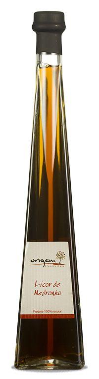 Juniper in gorgeous bottle PD Video Rezept Craft Packaging, Bottle Packaging, Product Packaging, Packaging Design, Liquor Bottles, Drink Bottles, Bottle Design, Tequila, Whisky