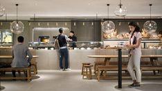 PT Solid Gold Berjangka – Memasuki Cathay Pacific Business Class baru Lounge di dermaga di Bandara Internasional Hong Kong adalah seperti melangkah ke jalan-jalan di Hong Kong dalam mikrokosm…