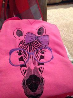outfit_zebra_free_embroidered_design.jpg.4f270014e84411905e2075c3b7a4919a.jpg (720×960)
