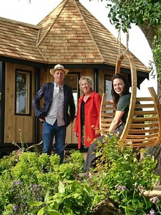 The Tom Raffield Amble Hanging Seat on BBC2's Gardeners World