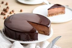 Chocolate royal - sweet imprint - The recipe for the royal chocolate dessert (or trianon) - Chocolate Mousse Cake Filling, Chocolate Pudding, Chocolate Desserts, Dacquoise, Royal Recipe, French Desserts, Polish Recipes, French Pastries, Cake Recipes
