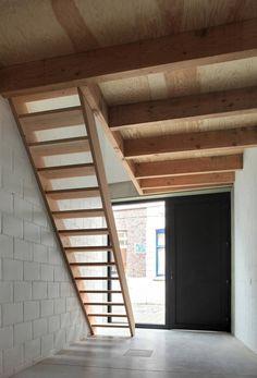 Gelukstraat / Dierendonck Blancke Architecten — Three-Story House in Belgium, 958 Square Feet