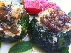 Lor peynirli Top Kabak Dolma Zucchini, Vegetables, Food, Essen, Vegetable Recipes, Meals, Yemek, Veggies, Eten