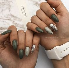 nail art designs for winter . nail art designs with glitter . nail art designs for spring . nail art designs with rhinestones Nail Art Designs, Green Nail Designs, Nails Design, Blog Designs, Feather Nail Designs, Salon Design, Classy Nails, Simple Nails, Cute Nails