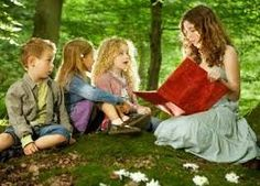 Resultado de imagen para niños escuchando cuentos